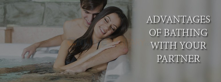 Advantages-of-Bathing-With-Your-Partner-in-Whirlpool-Jacuzzi-bathtub